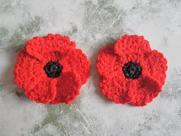 Quick & Easy Crochet Poppy Flower Applique With 5 Petals Free Pattern by Crafting Happiness