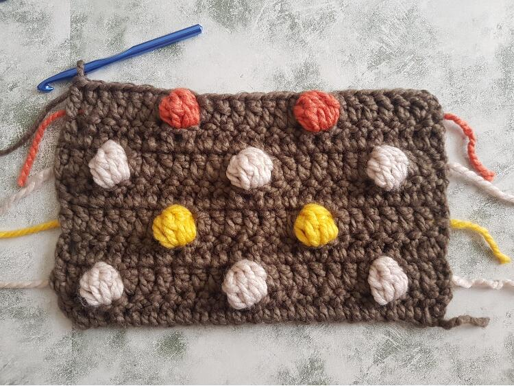 Polka Dots In Contrasting Colors Crochet Tutorial by Crafting Happiness Tutorial Pictures 7