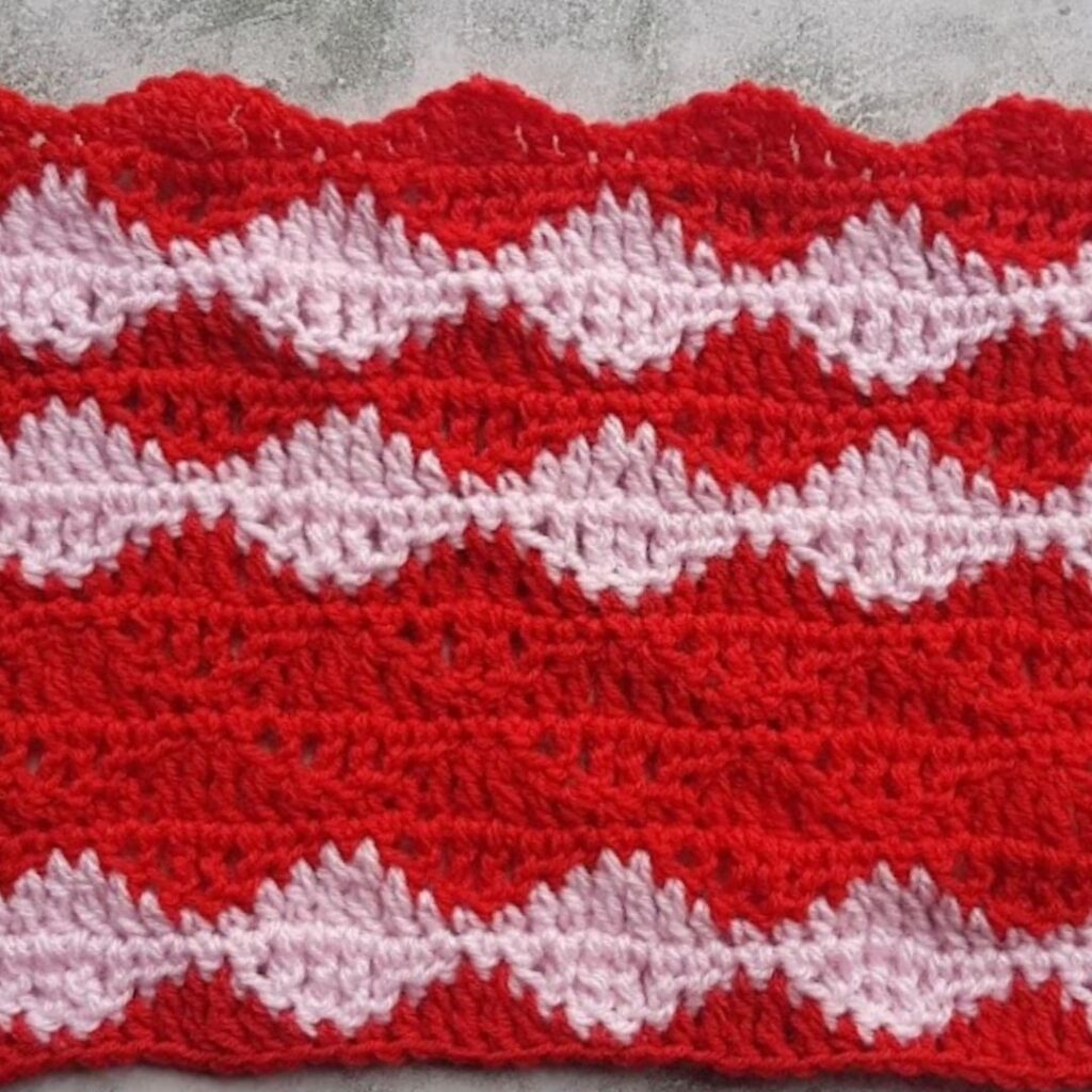 BLOG PHOTO 1 Pattern Swatch - Rolling Waves Stitch Crafting Happiness