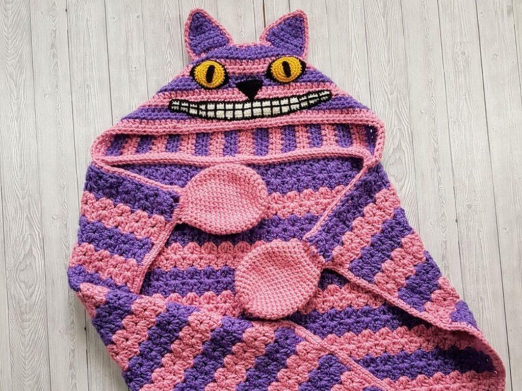 Cheshire Cat Hooded Blanket Member Photo