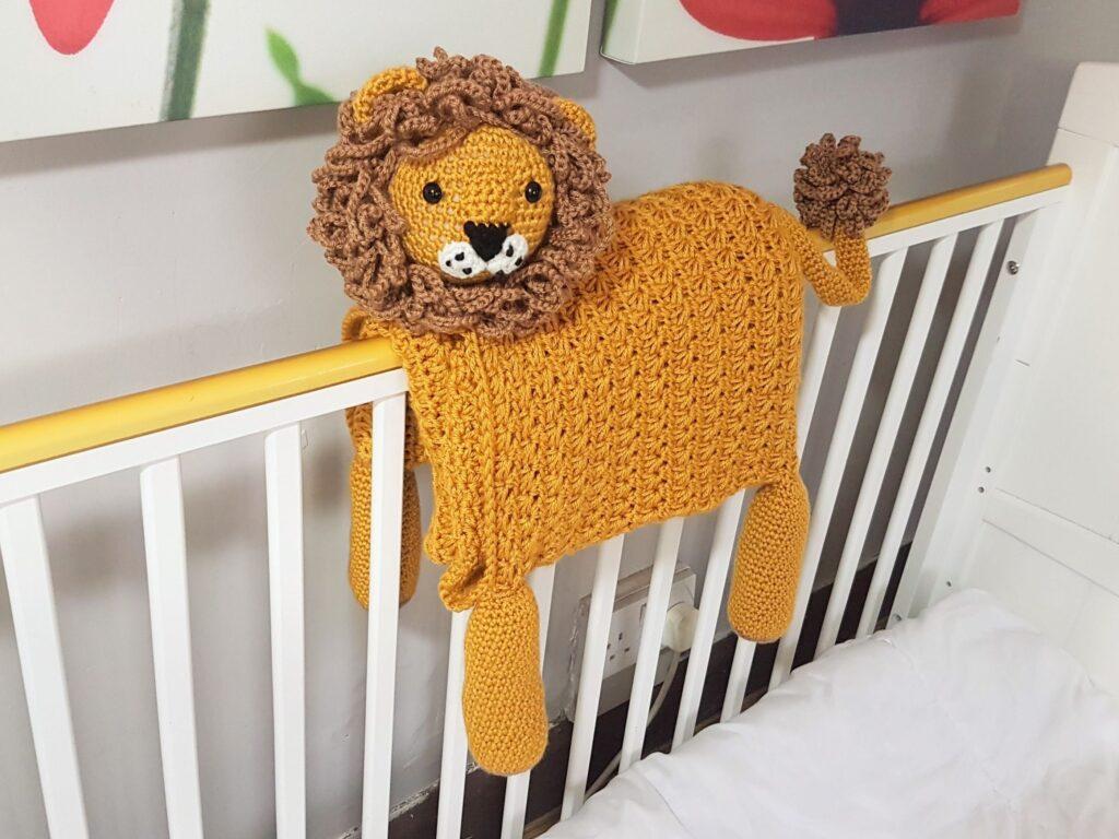 LION BABY BLANKET SHOP PHOTO 2