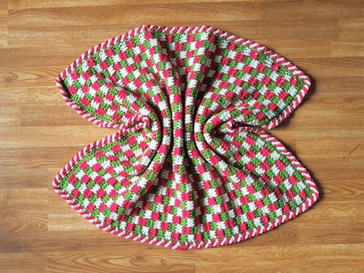 BABY'S-FIRST-BABY-BLANKET-BLOG