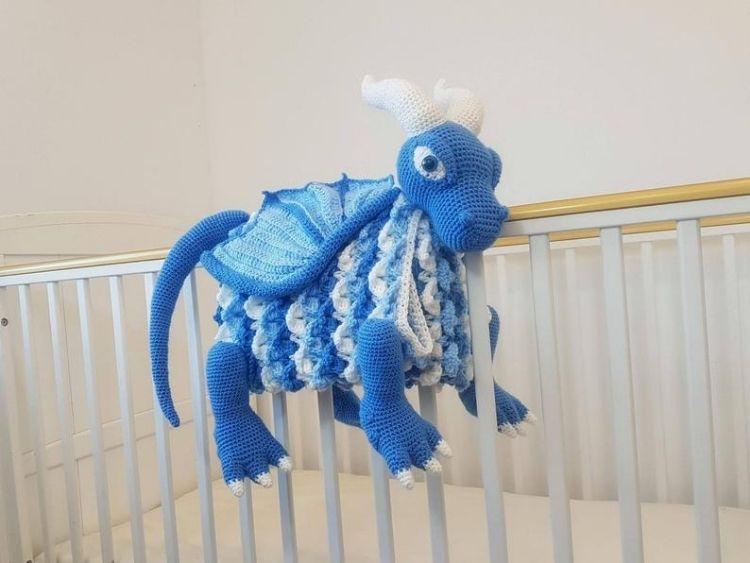 ICE-DRAGON-ANIMAL-BABY-BLANKET-BLOG