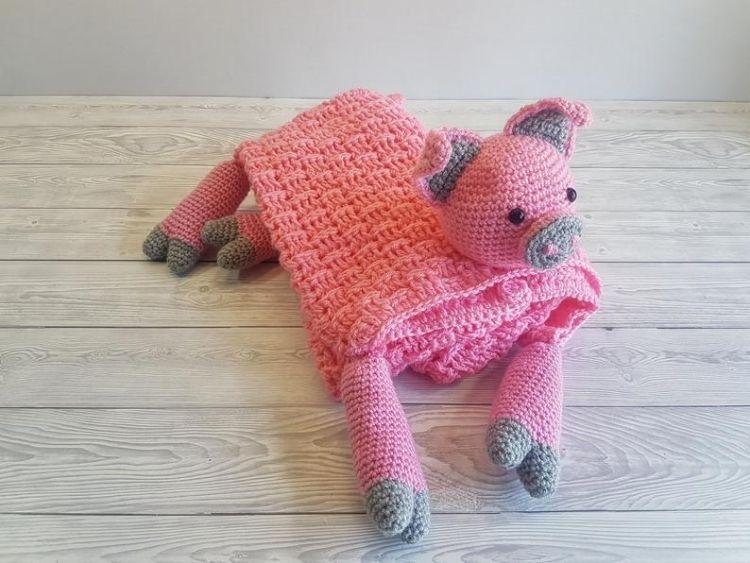 PIG-ANIMAL-BABY-BLANKET-BLOG