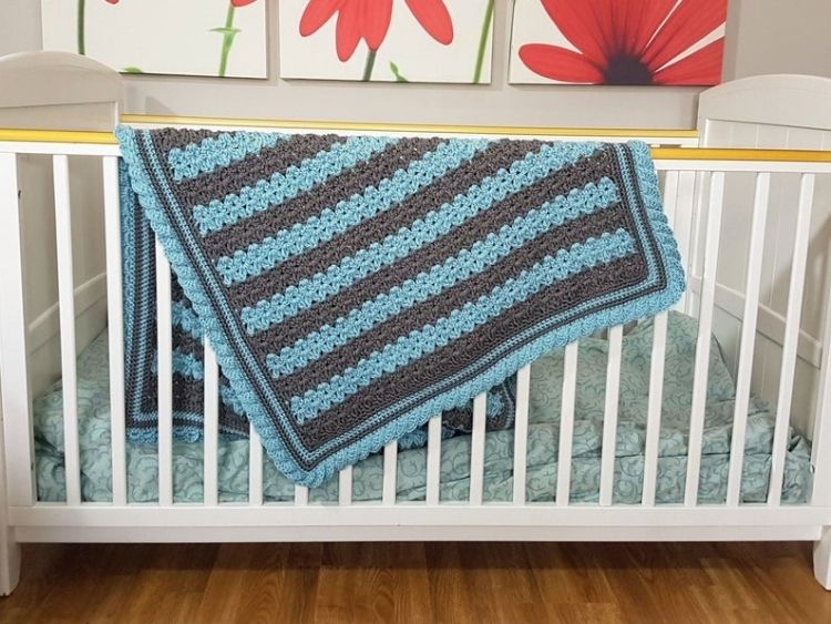 STRIPES-AND-RUFFLES-BABY-BLANKET-BLOG