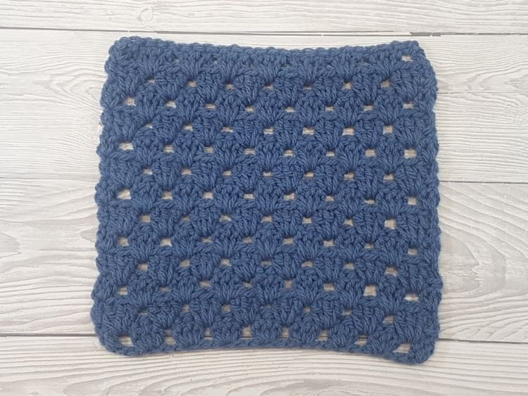 Granny Stripe Stitch Pattern Swatch 1 by Crafting Happiness